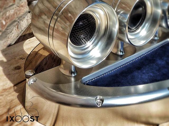iXoost iPhone/iPod Dock