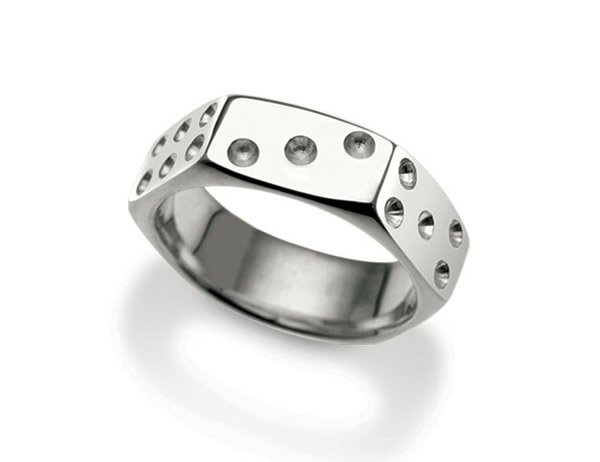 Nut Dice Ring