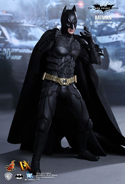Hot Toys TDKR Batman