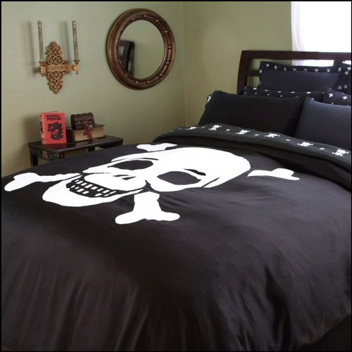 Favorite Add some arrrr to your bedroom with these piratethemed bedding  500 x 500 · 98 kB · jpeg
