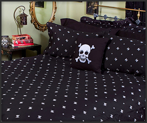 Skull & Crossbones Bedding