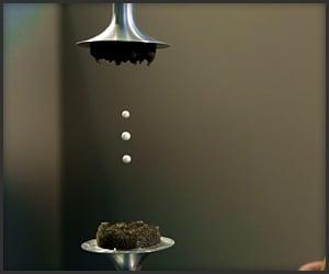 180912_acoustic_levitation_t.jpg/