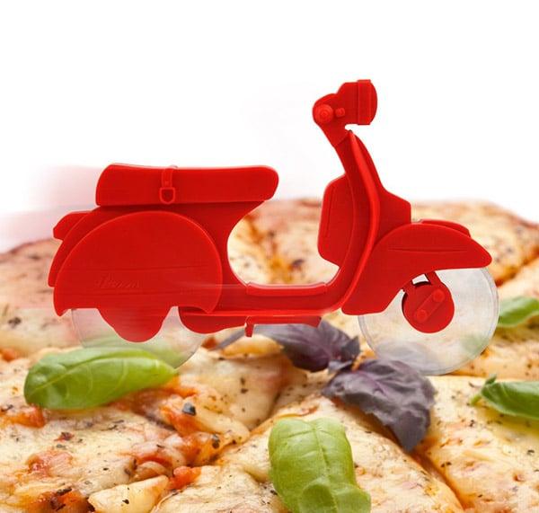 Il Motorino Pizza Cutter