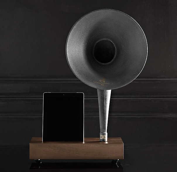 Restoration Hardware Gramophone: IPhone/iPad Gramophone Dock