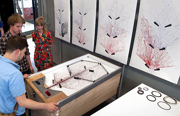 Pinball Drawing Machine