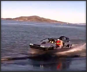 DeLorean Hovercraft Drive-by