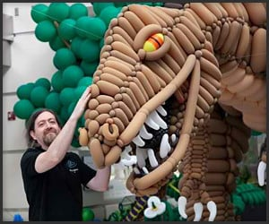 Balloon Dinosaur Sculpture