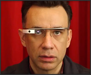 Fred Armisen Tries Google Glass