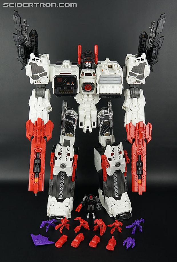 2013 Transformers Metroplex