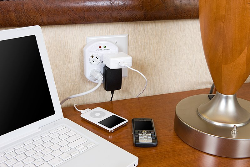 Rotating Outlets & Power Strips