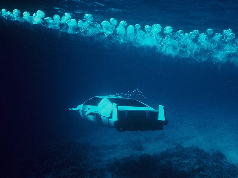 James Bond's Submarine Car