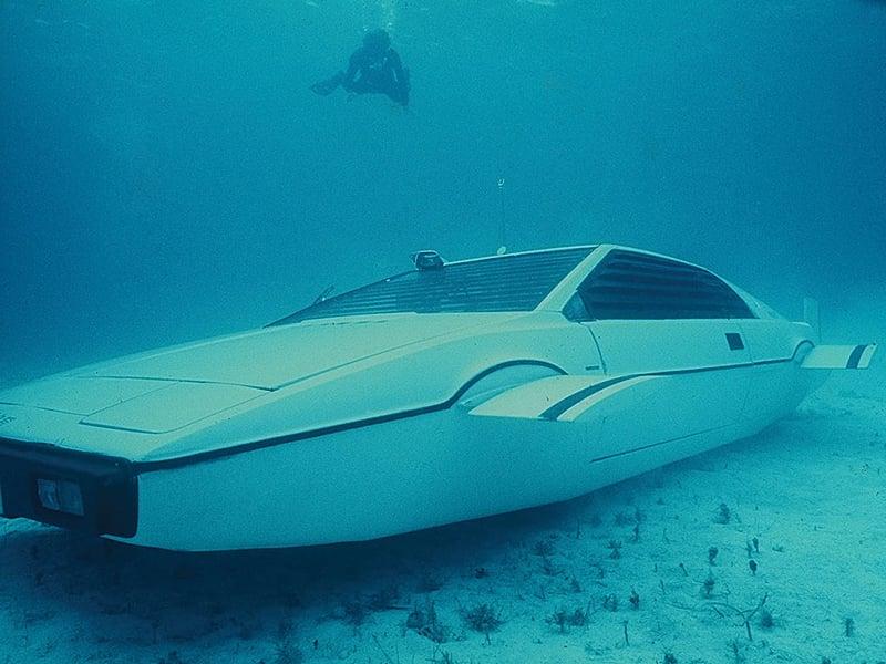 James Bond's Submarine Car