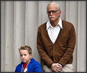 Jackass: Bad Grandpa (Trailer)