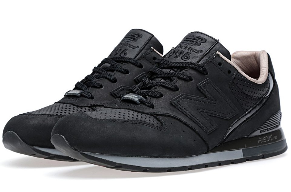 NB x Tomorrowland MRL996RT