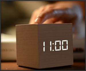 Clockee Talkee Walkie-Talkie Clock