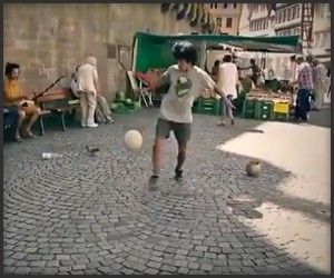Freestyle Football Juggler