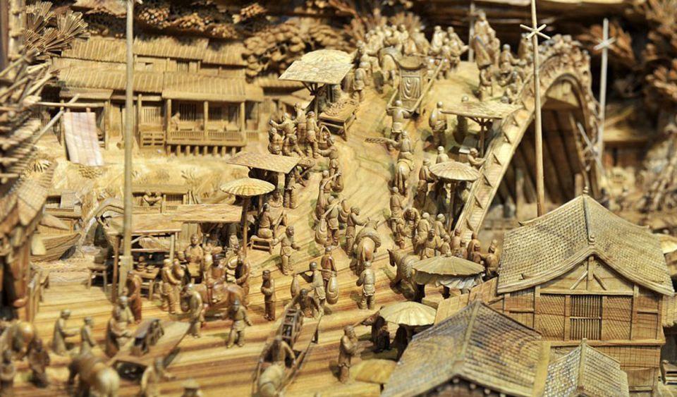 World's Longest Sculpture