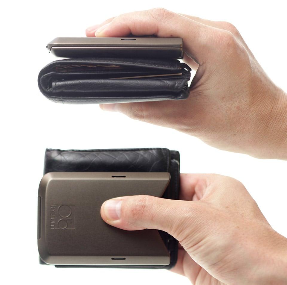 Giveaway: Obtainium Olive Wallets