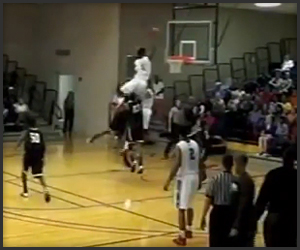 Sky High Putback Dunk