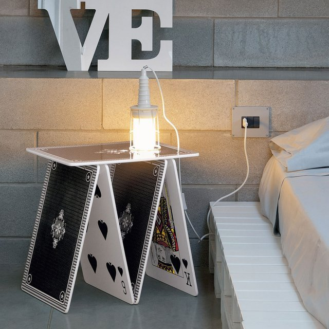A La Carte Side Table