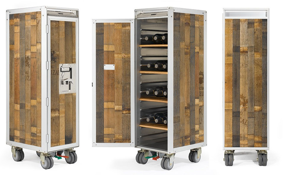 airplane trolley wine whiskey bar the awesomer. Black Bedroom Furniture Sets. Home Design Ideas