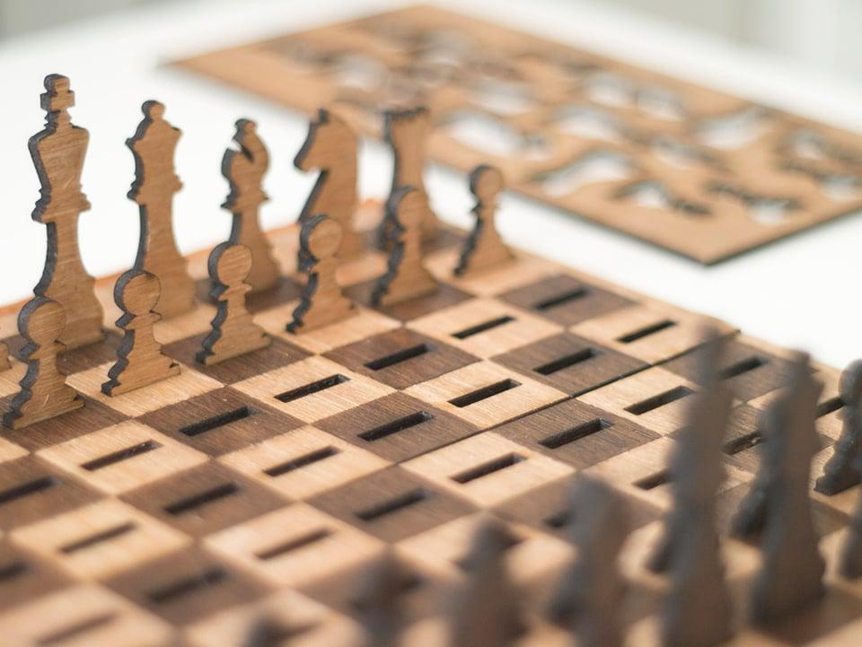 Got Chess Flat Chess Set The Awesomer