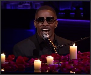Jamie Foxx Sings Unsexy Words