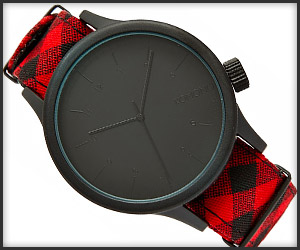 Komono Magnus Woodsman Watch