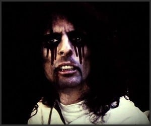 Super Duper Alice Cooper (Trailer)