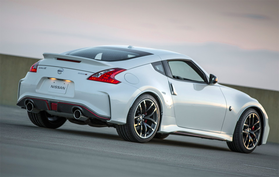 2015 nissan 370z nismo. Black Bedroom Furniture Sets. Home Design Ideas