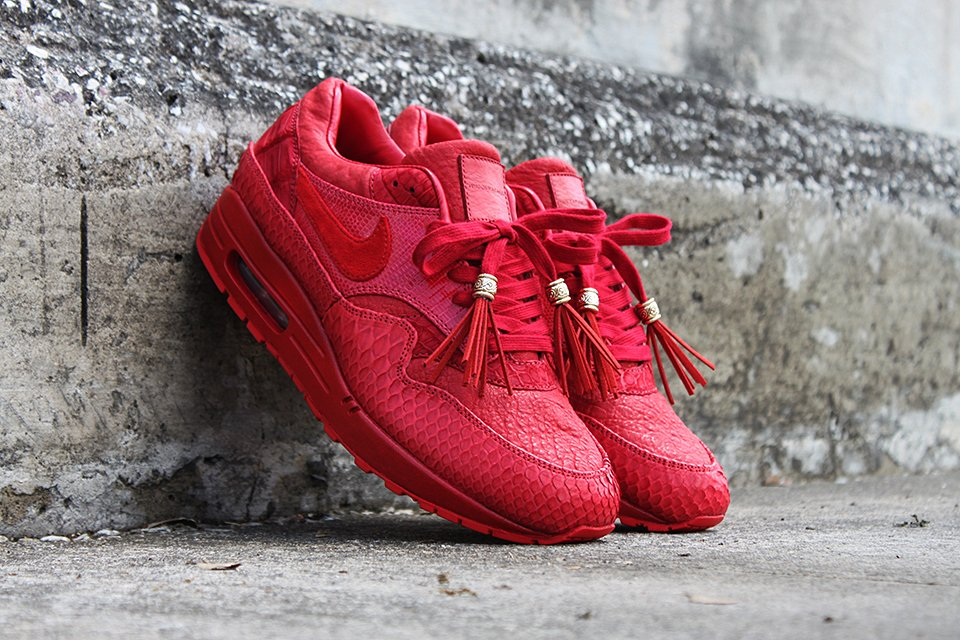 Nike GTD AM1 Red October