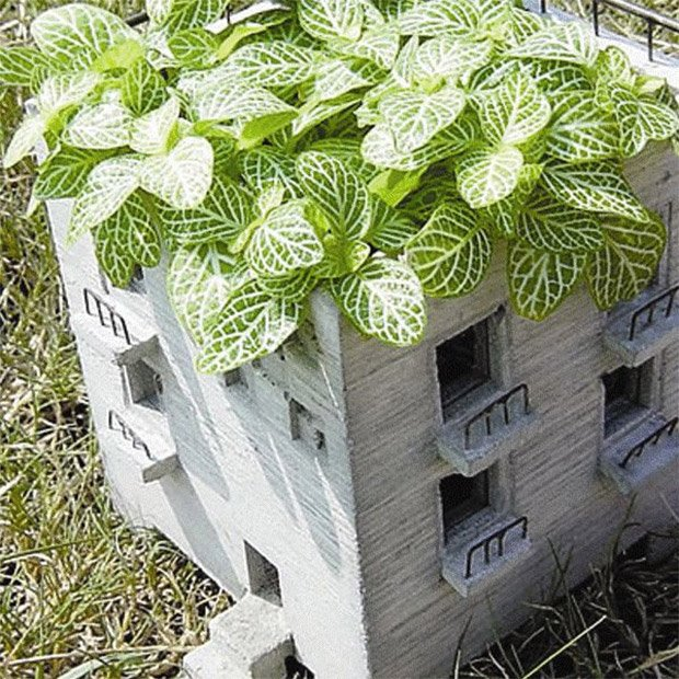 Mansion Concrete Planter