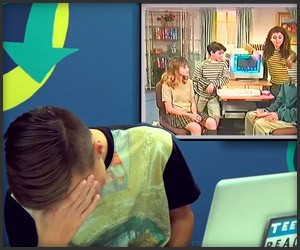 Teens React to '90s Internet