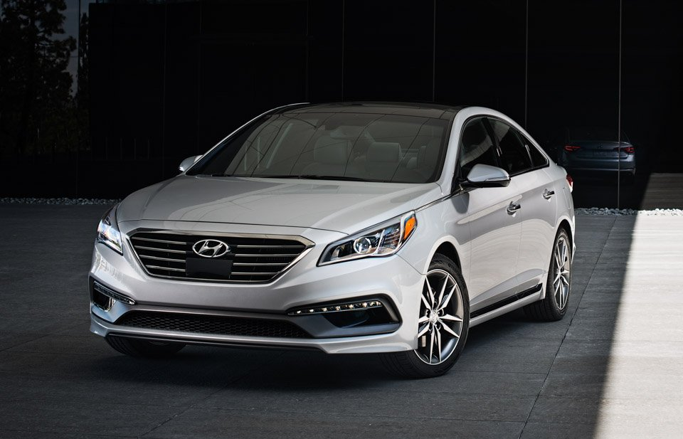 2015 hyundai sonata sport 2 0t the awesomer. Black Bedroom Furniture Sets. Home Design Ideas