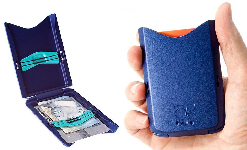 Giveaway: Obtainium Blue Wallets