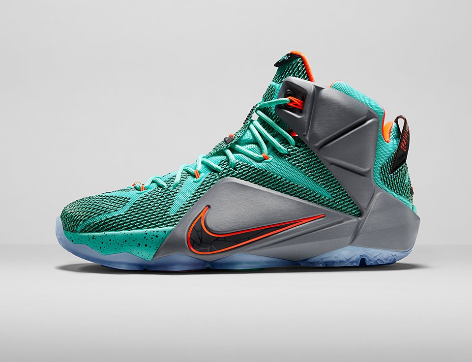 Nike LeBron 12 - The Awesomer