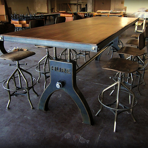 Hure tables the awesomer - Table bar industriel ...