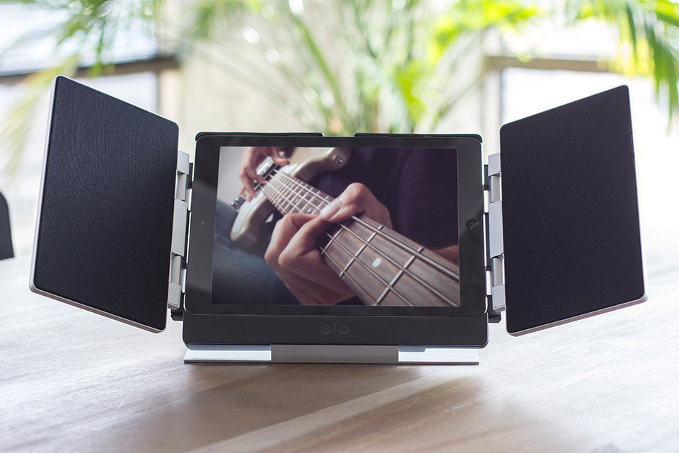 Amp iPad Air Speaker Case
