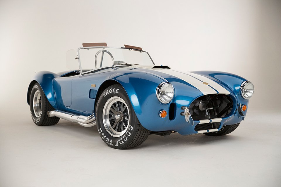 shelby cobra 427 50th anniversary the awesomer. Black Bedroom Furniture Sets. Home Design Ideas