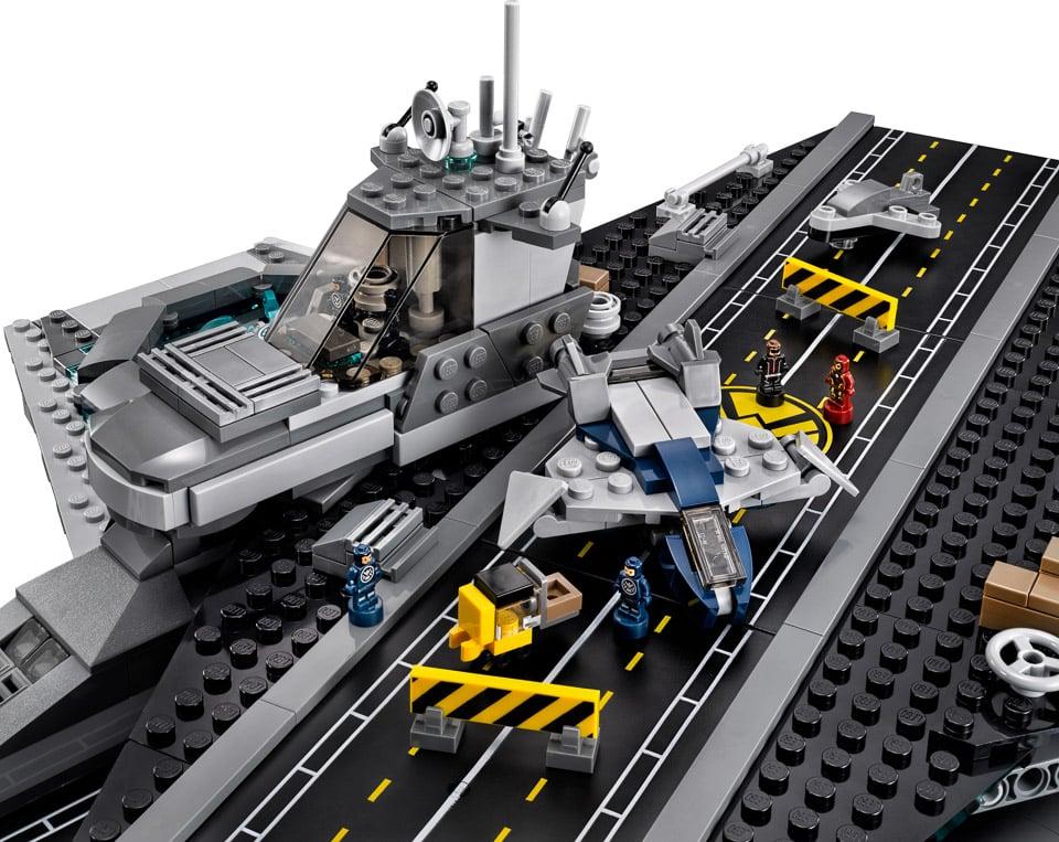 LEGO Avengers SHIELD Helicarrier