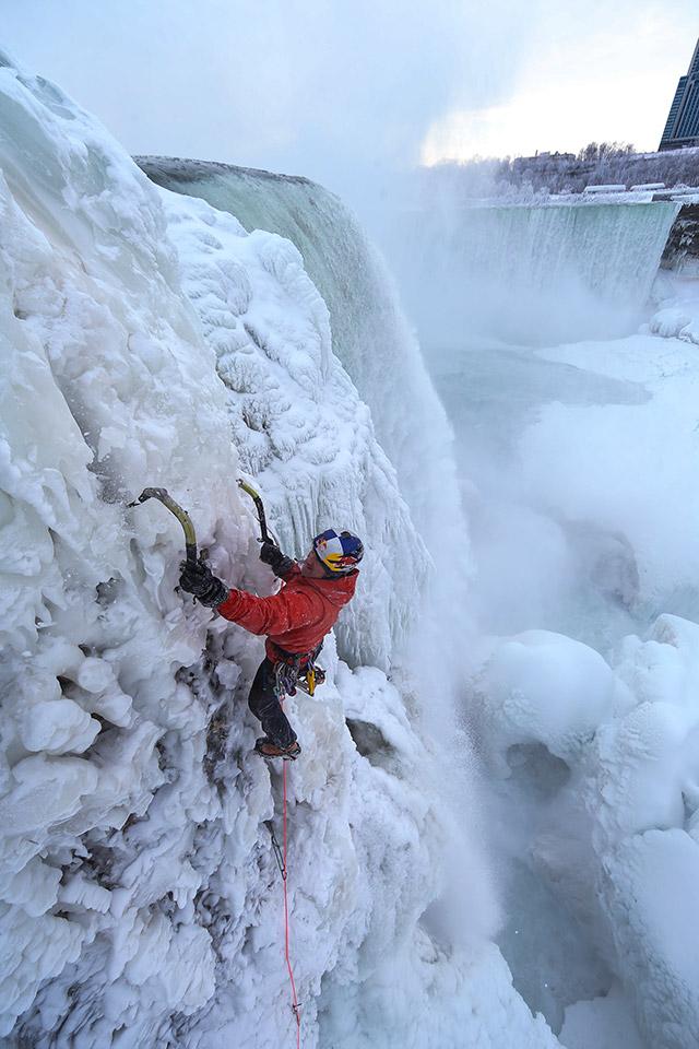 Ice Climbing Niagara Falls
