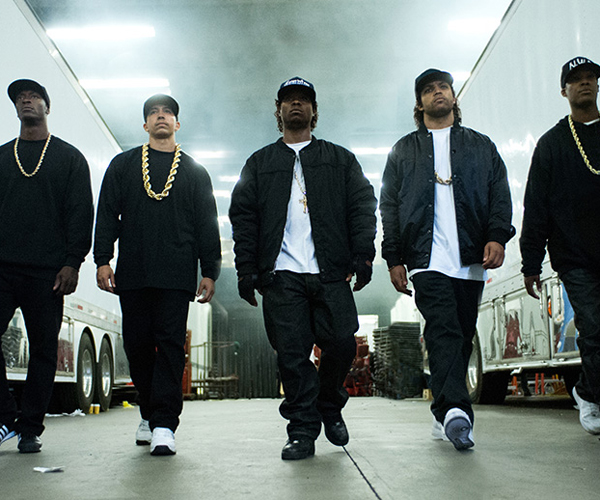 Straight Outta Compton (Trailer)
