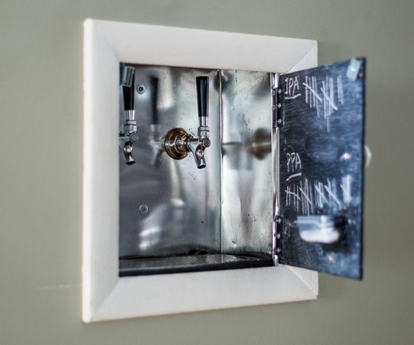 DIY Wall-mounted Beer Tap