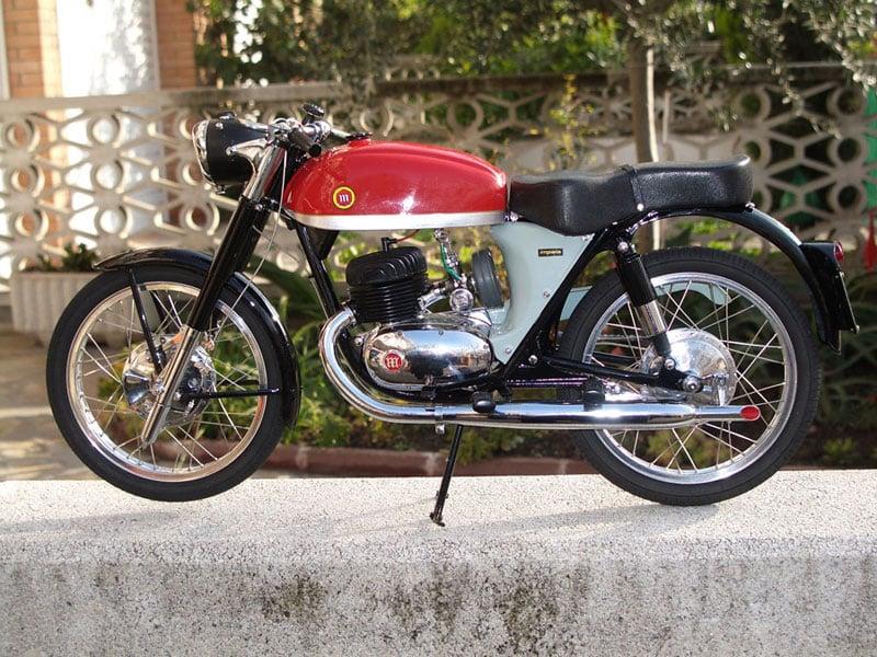 Pere Tarragó's Miniature Motorcycles