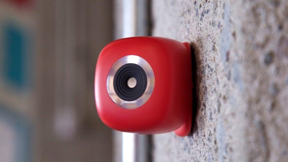 Podo Stick-on Camera