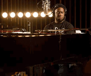 Robert Glasper Trio: Reckoner