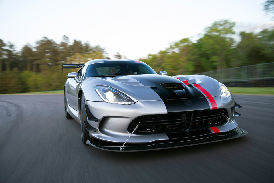 Brilliant 2016 Dodge Viper ACR  The Awesomer
