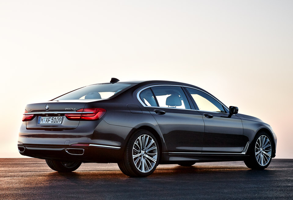 2016 Bmw 7 Series The Awesomer