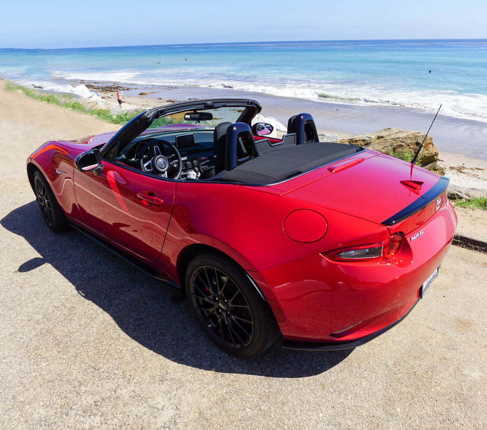 Eye Candy: 2016 Mazda MX-5