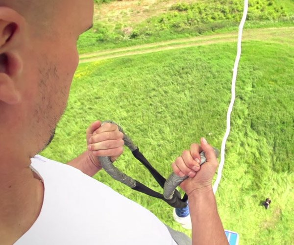 Hold & Release Bungee Jump